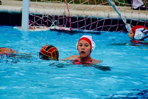 Water Polo: Broncos Beat Chiefs