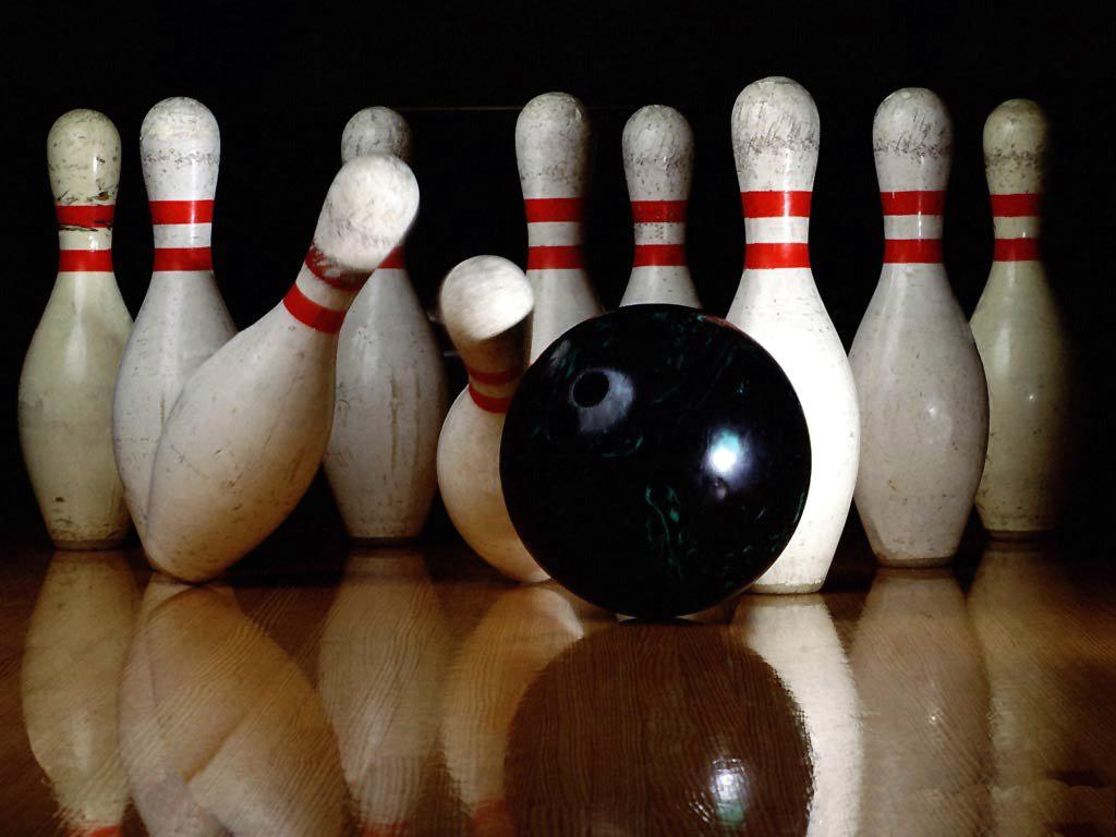 Bowling+Chiefs+Have+Winning+Season