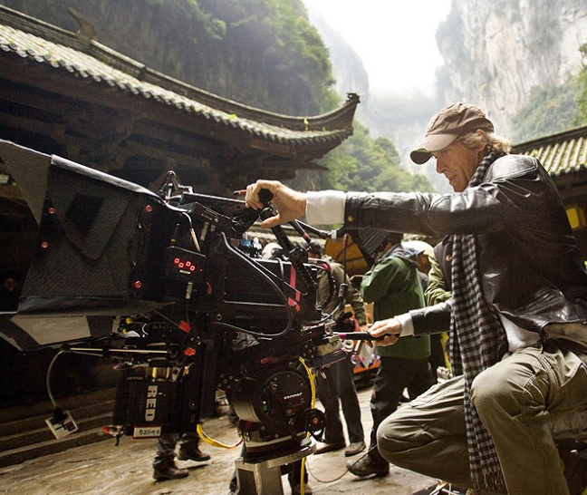 Michael+Bay+in+Wulong+Karst+National+Park+on+the+Southeast+China+set+of+Transformers%3A+Age+of+Extinction