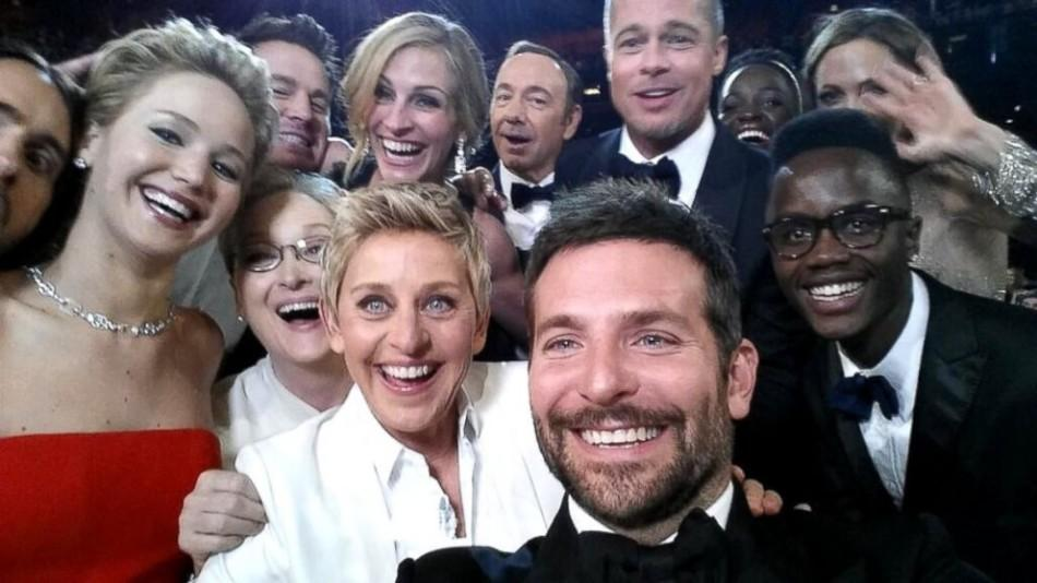 Oscar Night: The Selfie, Pizza, and Lupita
