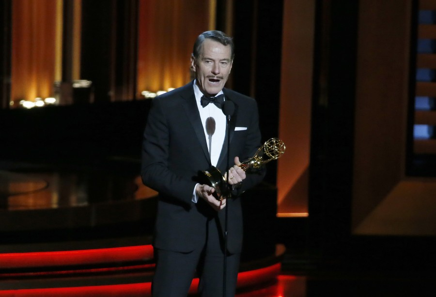 Bryan+Cranston+accepting+the+Outstanding+Lead+ACtor+in+a+Drama+Series+for+Breaking+Bad.+