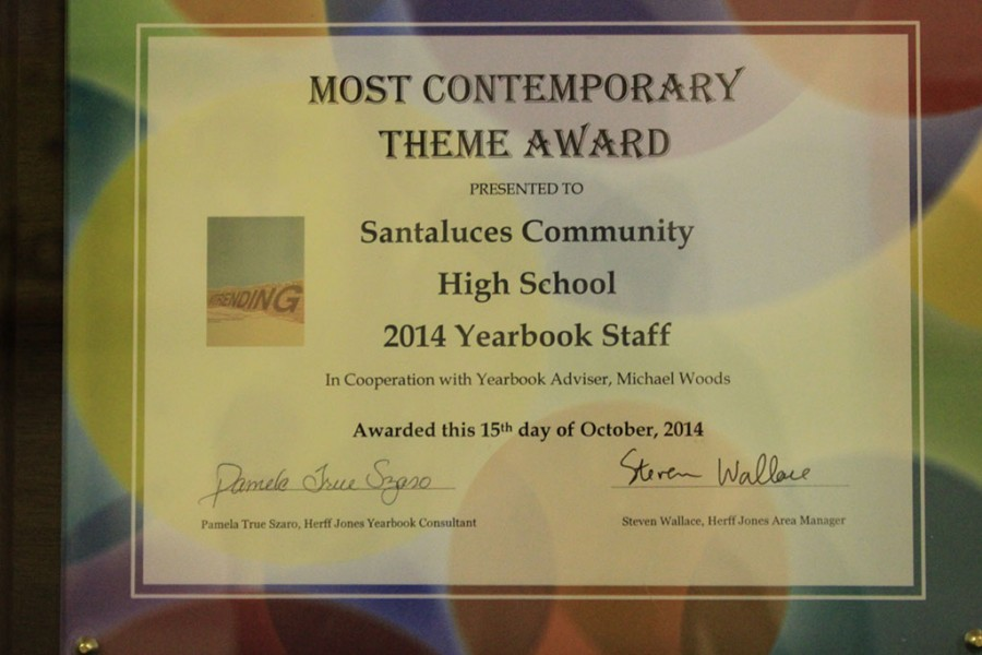 Yearbook+Club+Wins+Award