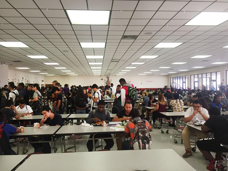 Photo of the Day: Busy Lunch Lines on Hump Day