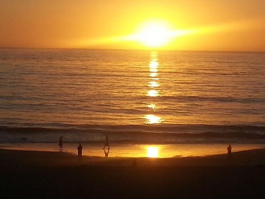 The+sun+sets+over+Carmel+Beach+in+Carmel-by-the-Sea%2C+Calif.%2C+where+a+weekend+getaway+offers+all+sorts+of+dining+and+playing+delights.+%28Jim+Harrington%2FBay+Area+News+Group%2FMCT%29