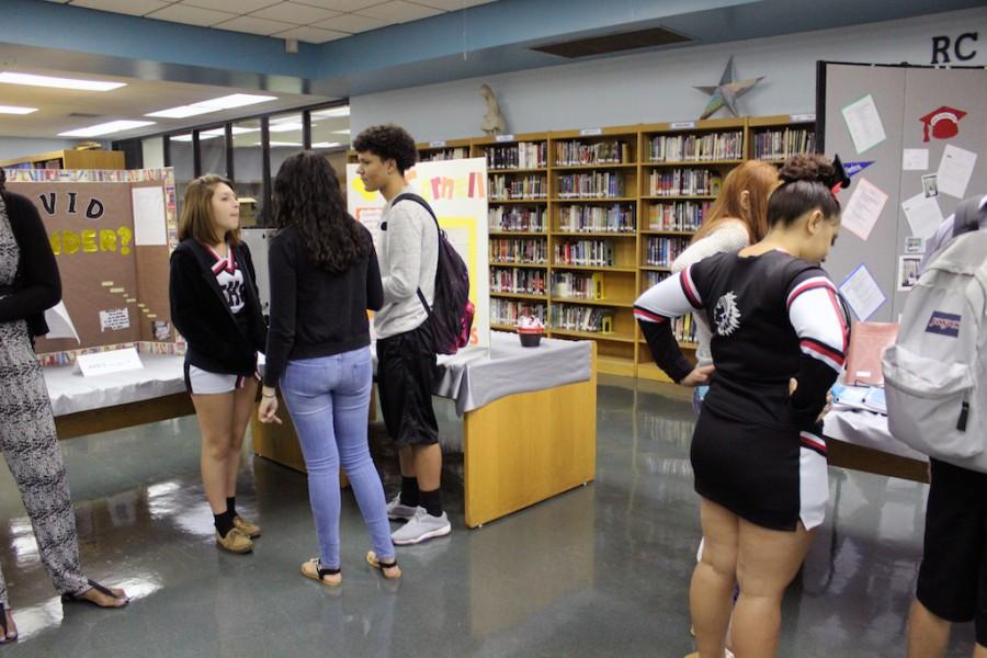 Students Become Teachers on AVID Awareness Day