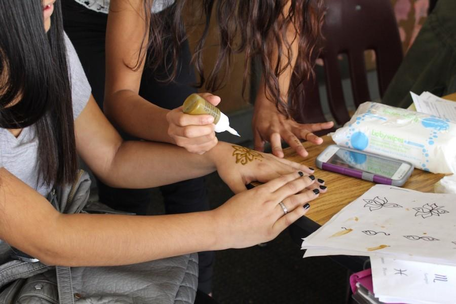 Photo of the Day: Get Your Henna Tattoo Today and Tomorrow at Lunch