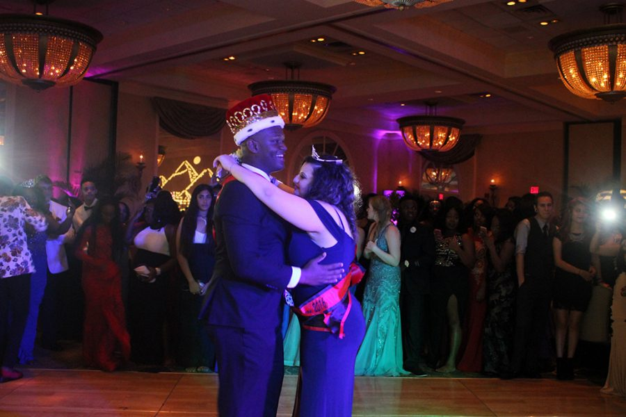 Chiefs Dance The Nile Away At Prom 2016