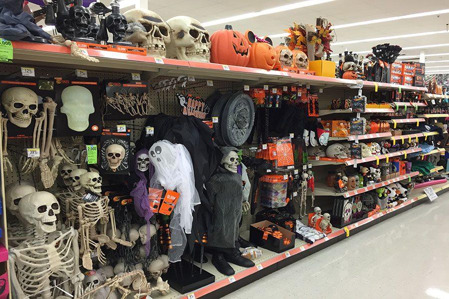 Halloween+fills+the+tiles+at+Walgreens