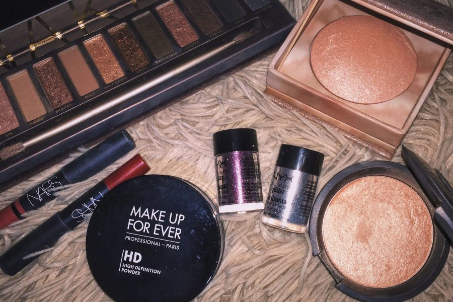 Popular+makeup+brands+such+as+Makeup+Forever%2C+Urban+Decay%2C+NYK%2C+NARS+and+Becca+Cosmetics+