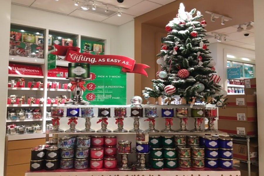 Top 5 Candles for the Christmas Season