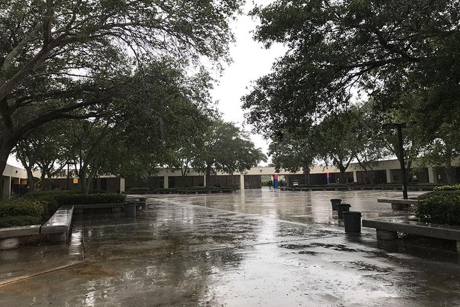 Rainy+Days+on+Campus
