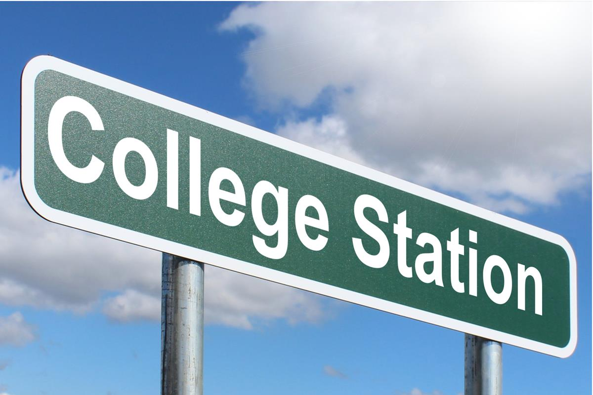 College is the next step after high school, so which one to choose?