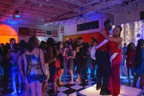 Santaluces Chiefs Show Off School Spirit!