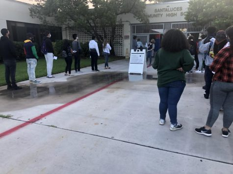 Students line up to take the SAT on September 26th, 2020. The next SAT day is on October 3rd, 2020.
