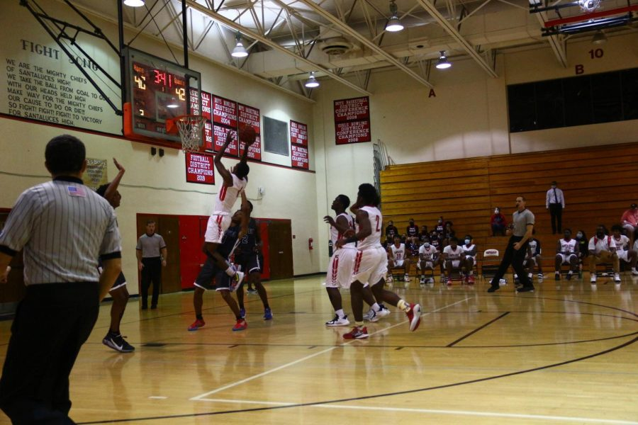 Justin Roseme going in for the layup.